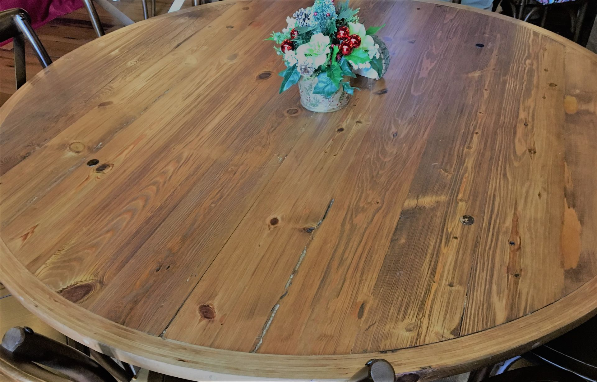 Reclaimed yellow pine wood table